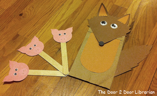 Three Little Pigs and Big Bad Wolf Puppets
